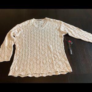 NWT Chaus Woman sweater
